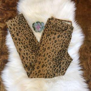 DKNY Leopard Print Jeggings Size: 6